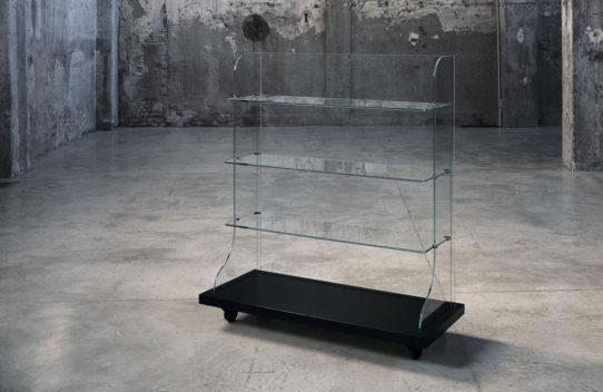 tumba-steklo-dizayn